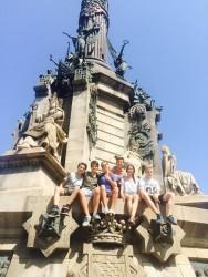 La colonne Christophe Colomb conçue par Gaieta Buigas en 1888.