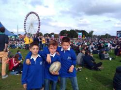 rugby stage londres / réunis autour des valeurs du ballon